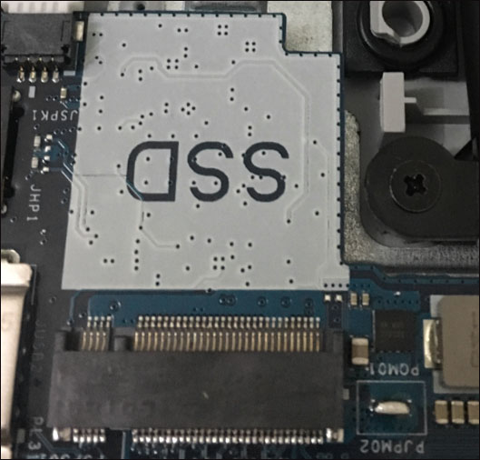 Слот для SSD M.2 на ноутбуке